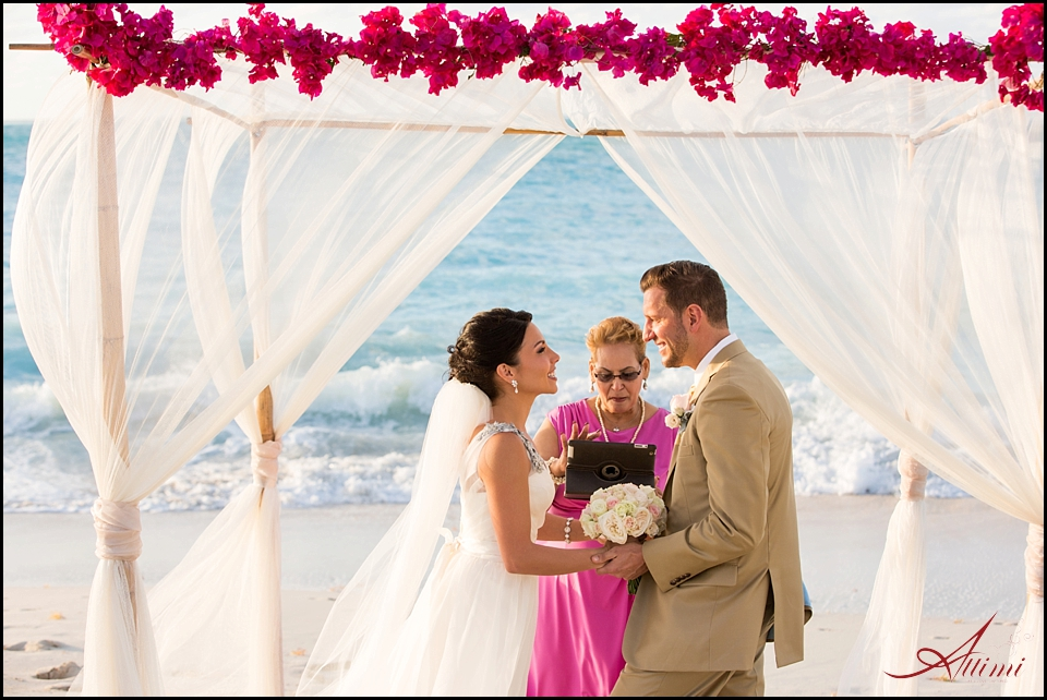 a wedding for two eloping to the turks caicos attimi